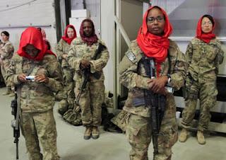 US servicewomen