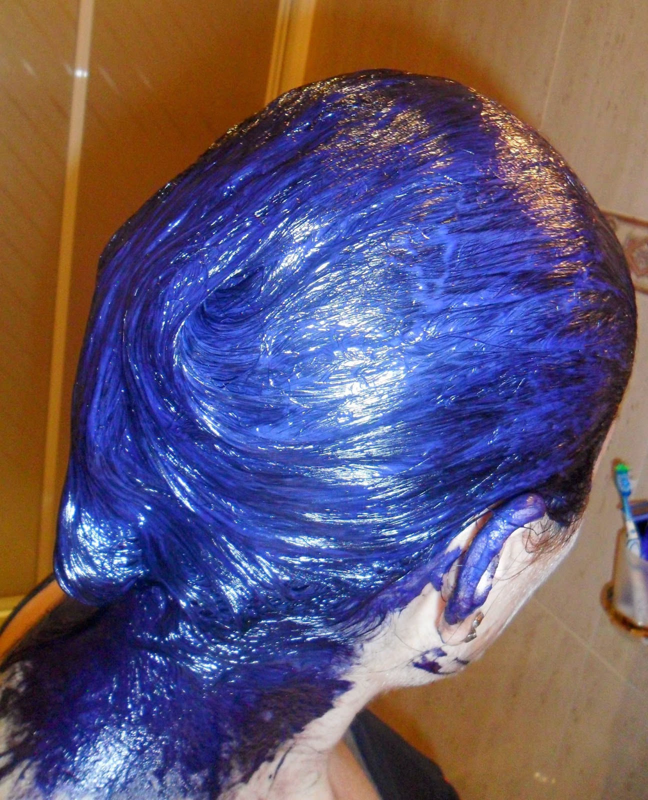 tinte negro azulado