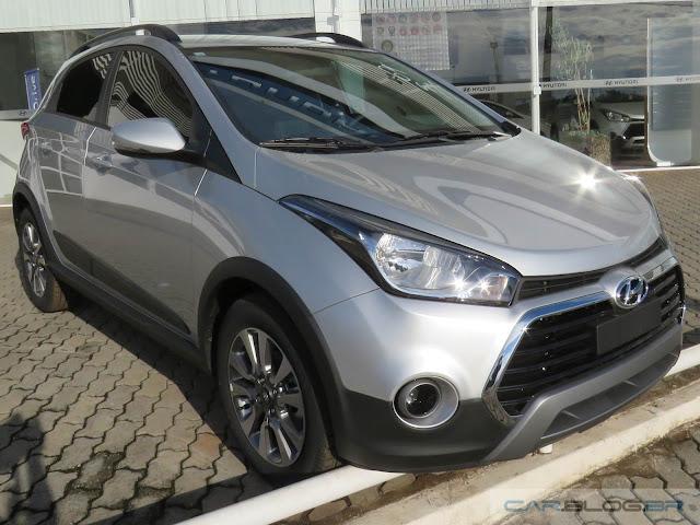 Hyundai HB20X 2016 Style Prata