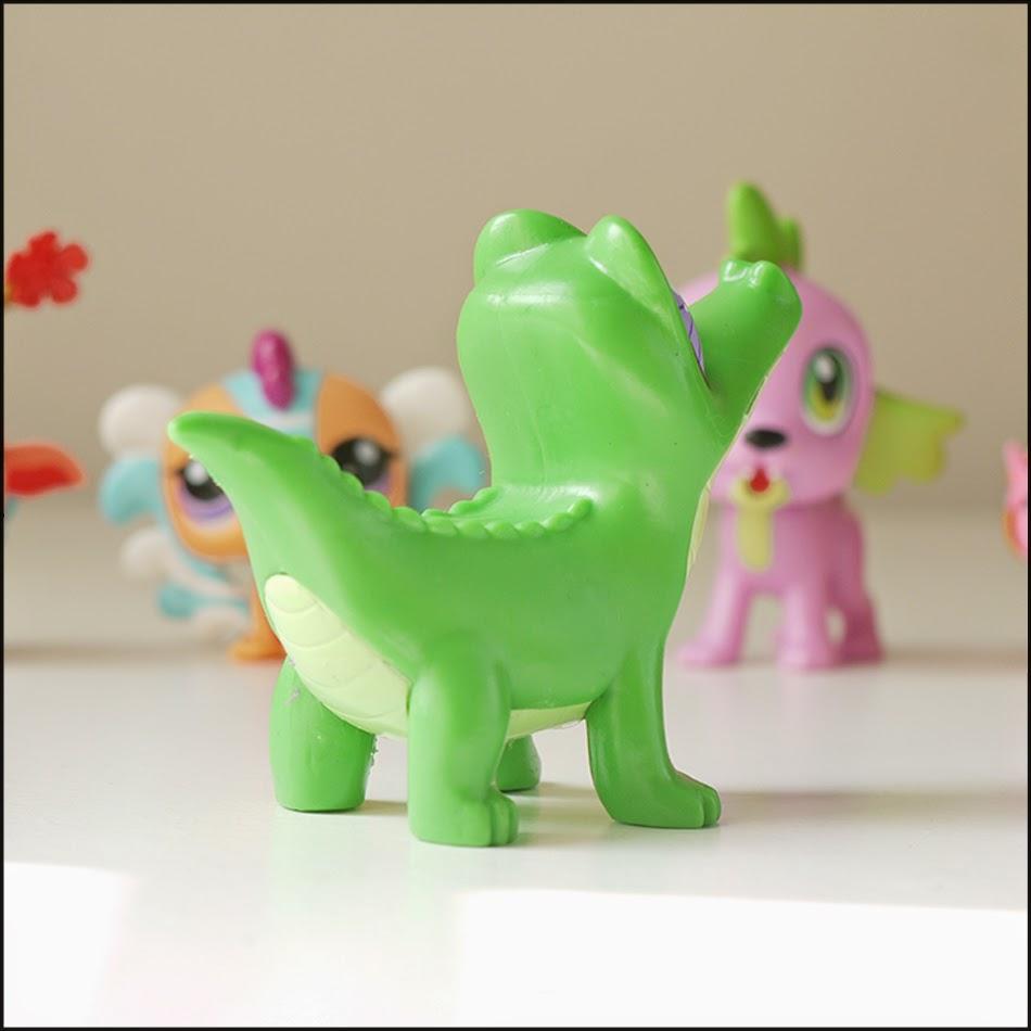 Gummy Snaps Figure from Equestria Girls Sleepover Set