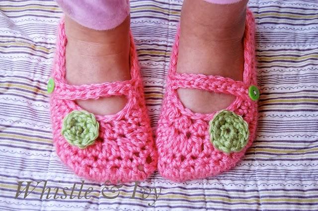 free crochet pattern little dot mary janes
