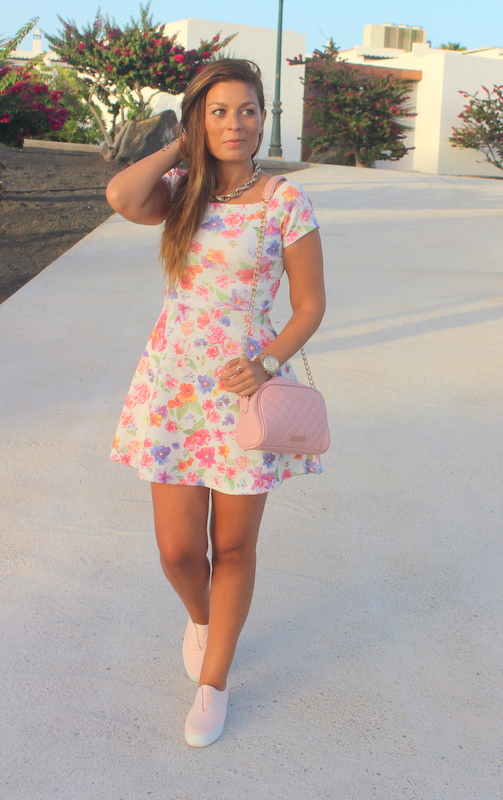 Floral_Bow_Dress_The_Pink_Graff_05