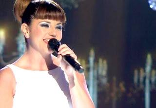 Irene canta Beautiful de Christina