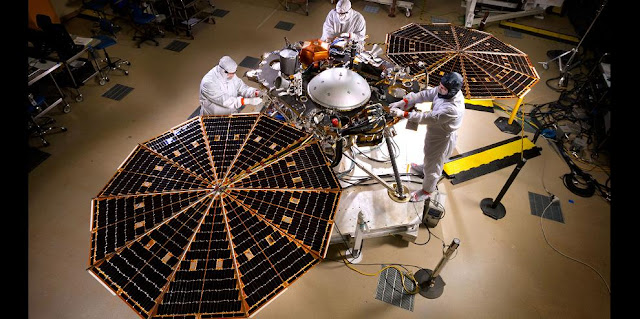 Engineers and technicians at Lockheed Martin Space Systems, Denver, run a test of deploying the solar arrays on NASA's InSight lander. Photo taken April 30, 2015. Credits: NASA/JPL-Caltech/Lockheed Martin