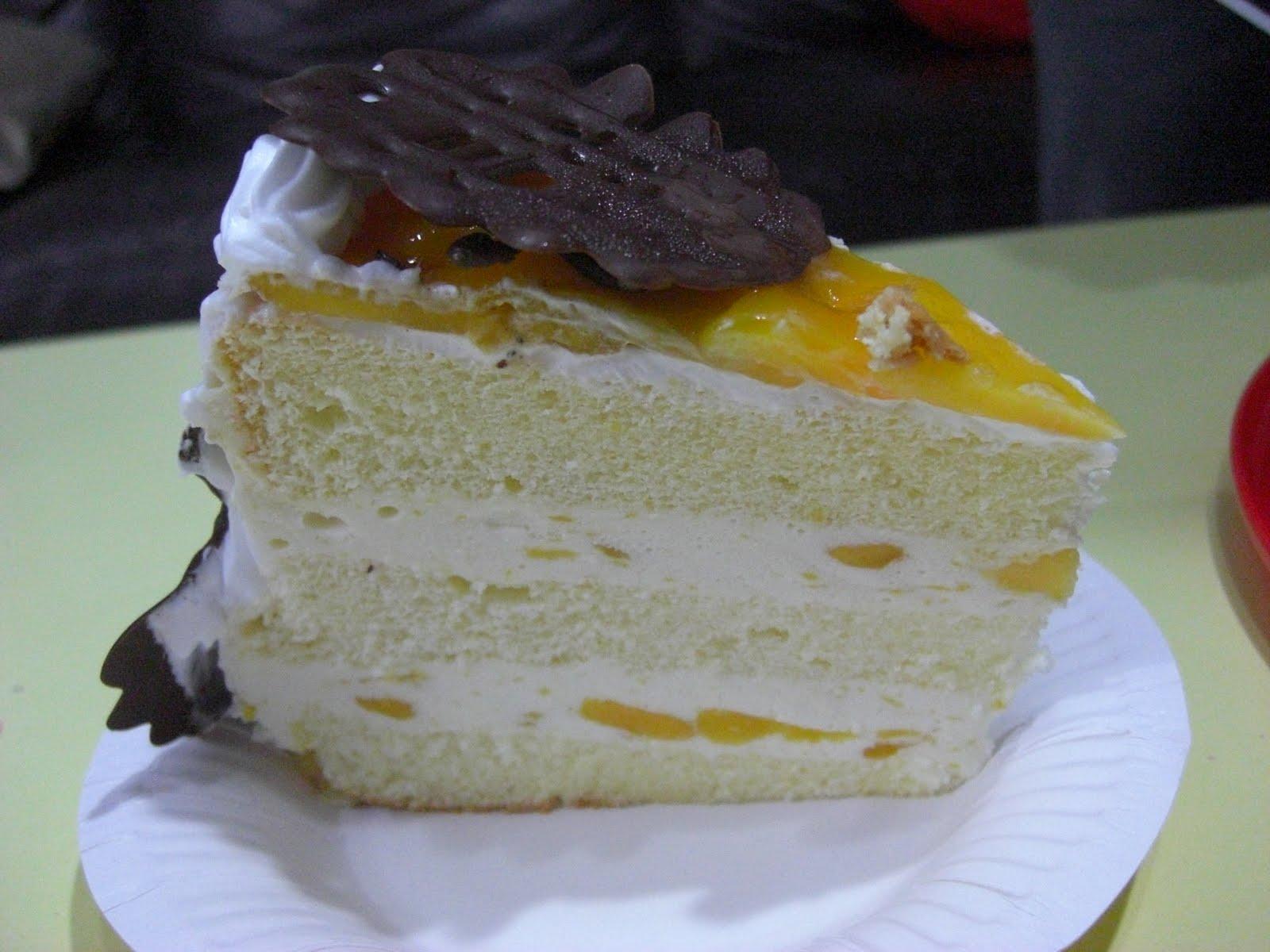 Li'l BakeShoppe: Mango Yogurt Cake