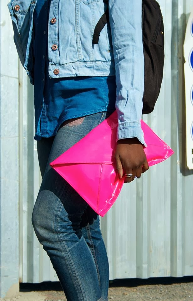 THAYS QUERENCIA PHOTOGRAPHY  PINK BAG