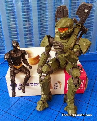 Batman Halo MasterChief Level 2 and 3 Bandai SpruKit chatting