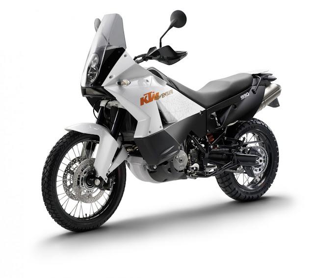 2011-KTM-990-Adventure