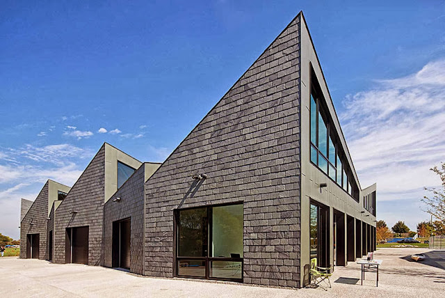 04-Chicago-River-Boathouses-by-Studio-Gang