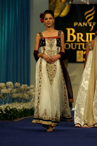 Chicboutique Sadaf Arshad Collection At Pantene Bridal Couture Week 2011 Day 2 Pantene