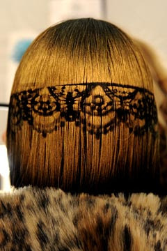 Betsey Johnson Fall 2011 Hair