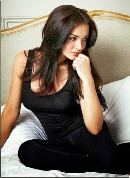 Amy Jackson black dress