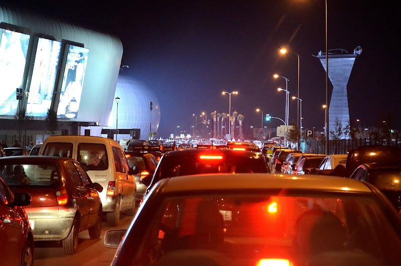 casablanca traffic neat the morocco mall