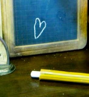 Stick KAPUR Tulis dari BAMBU – Biar Tangan Anti Kotor