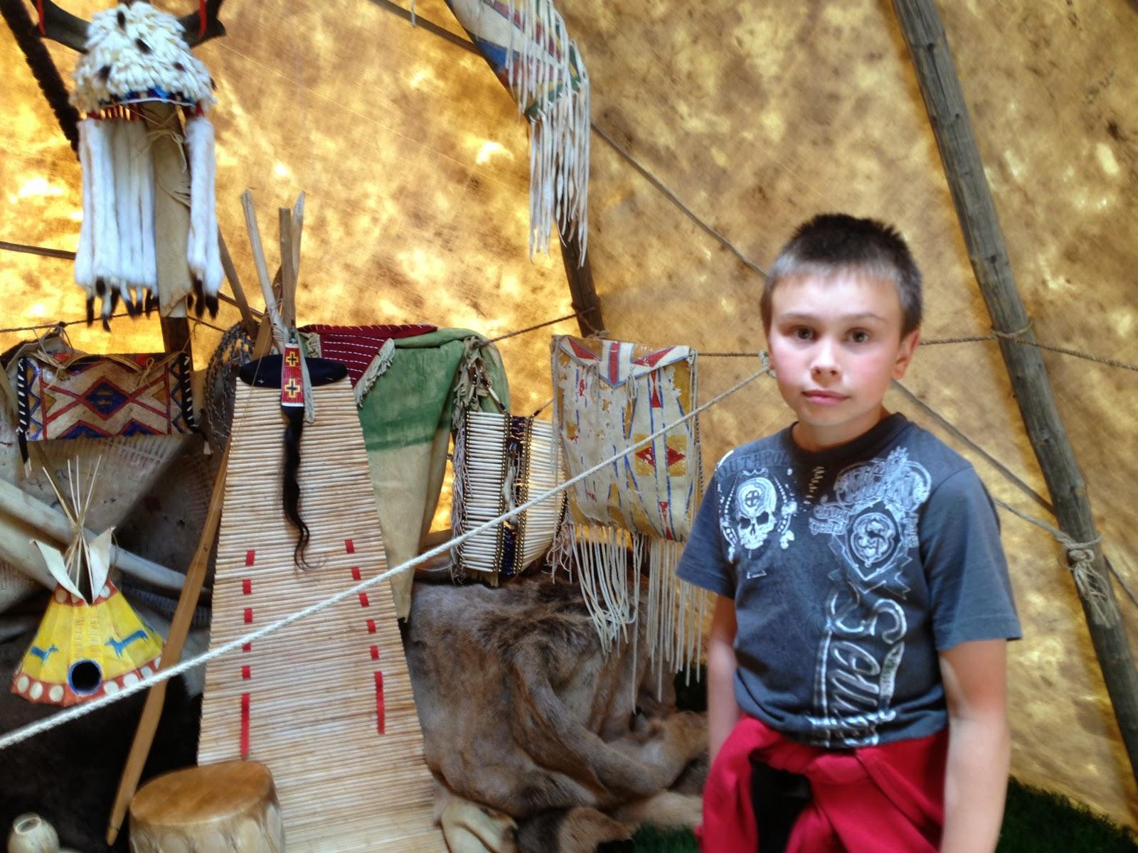 Так же мы посетили индейский шалаш или дом. Не знаю как правильно его назвать.