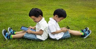http://dangstars.blogspot.com/2014/04/murid-semakin-kecanduan-komputer-tablet.html