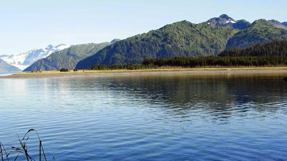 Las huellas del cambio climático en Alaska durante más de 100 años Mc+Carty+Glacier+(2004)+-+Photos+of+Alaska+Then+And+Now.+This+is+A+Get+Ready+to+Be+Shocked+When+You+See+What+it+Looks+Like+Now.