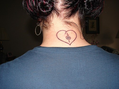 Heart and musical note on neck