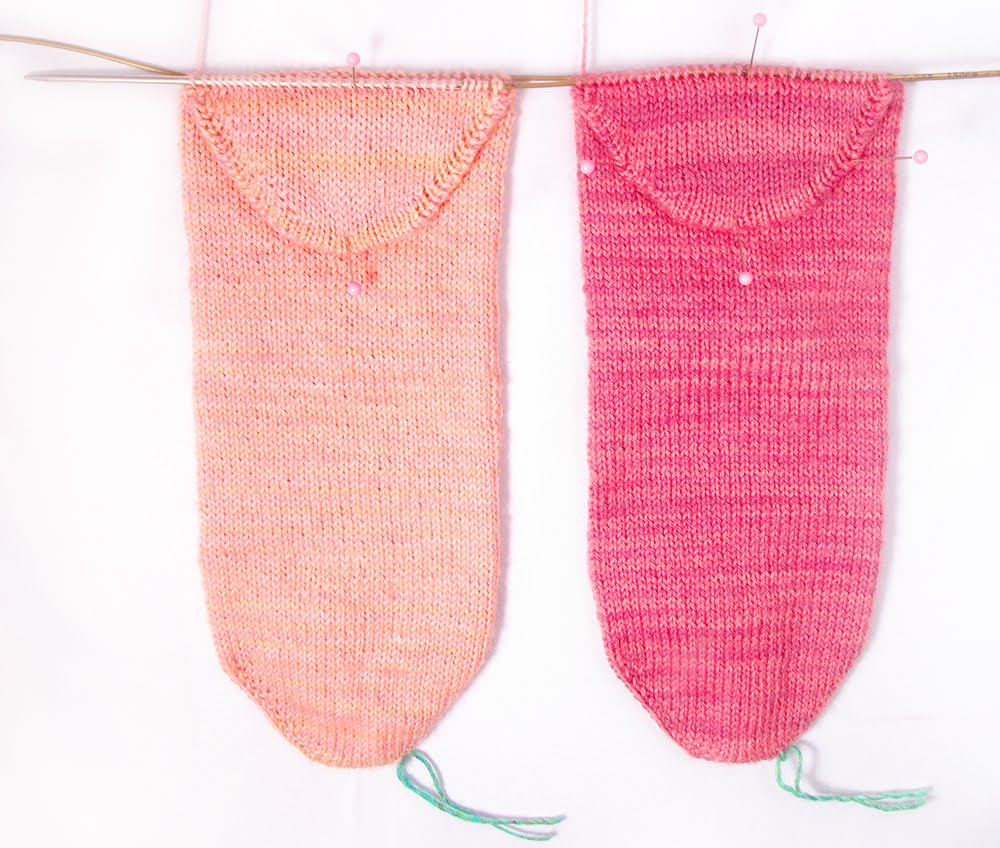 Heidi Bears: Two-at-a-Time Socks on a Magic Loop: The Heel ...