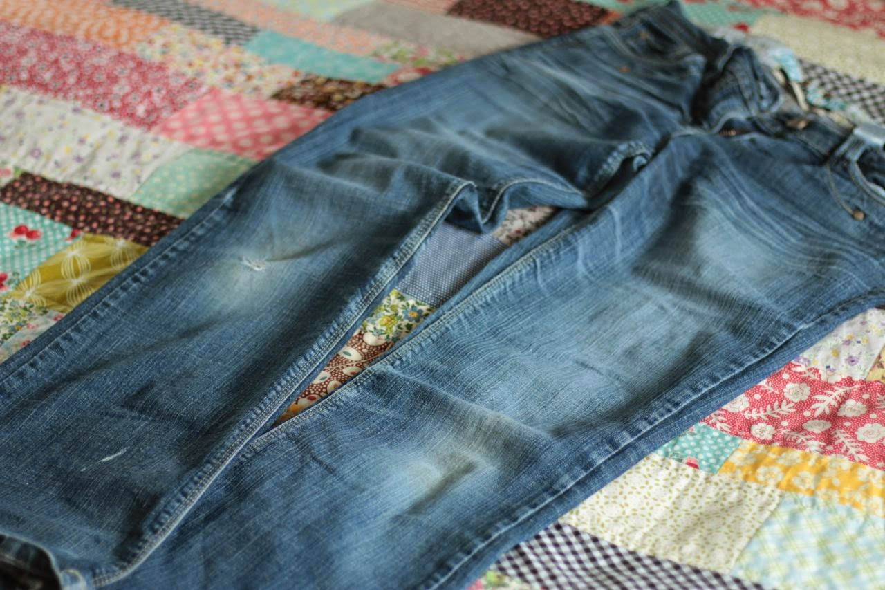 My favourite jeans, ready for the chop and a new pretty hem