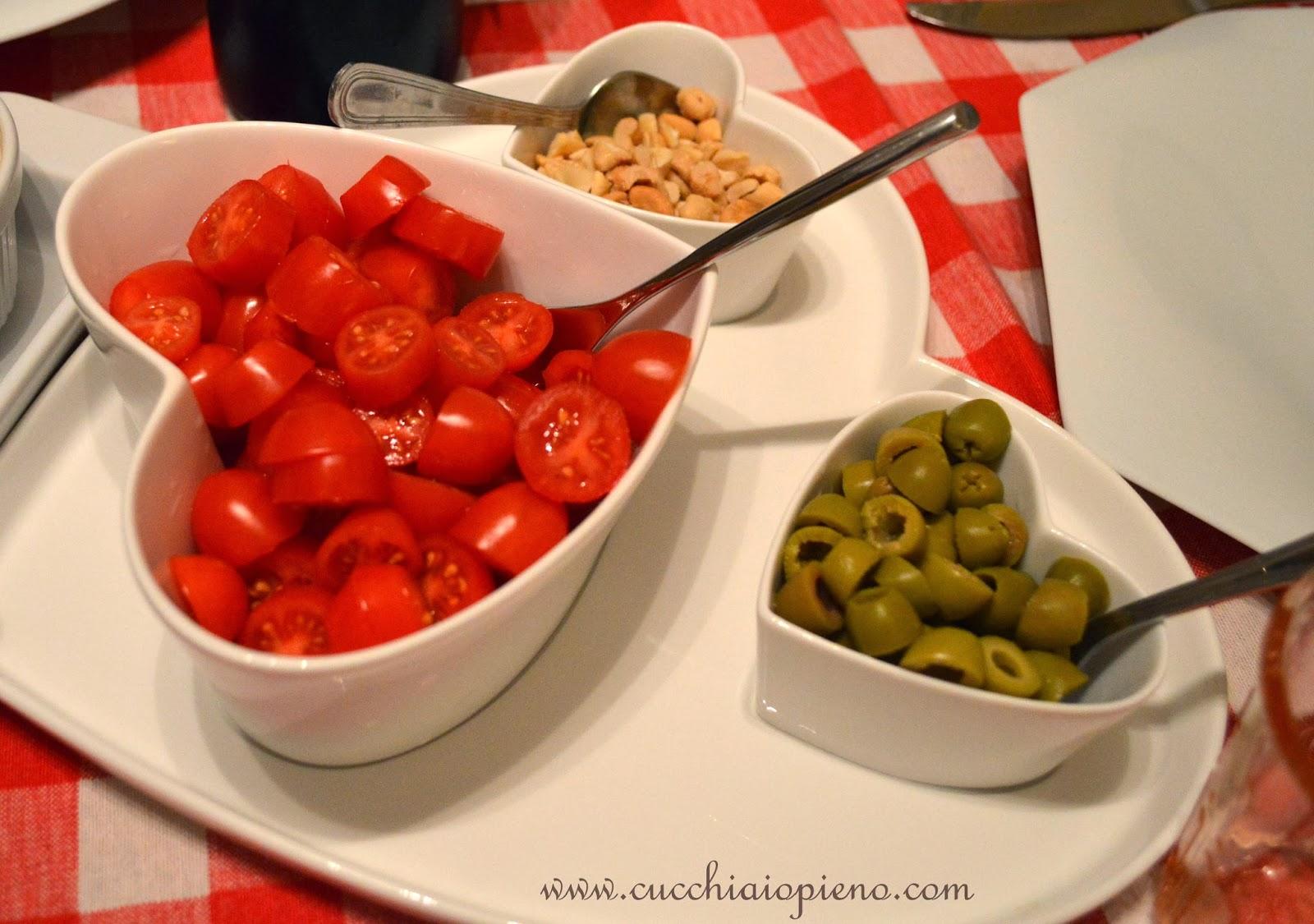 salada de tomate e azeitona