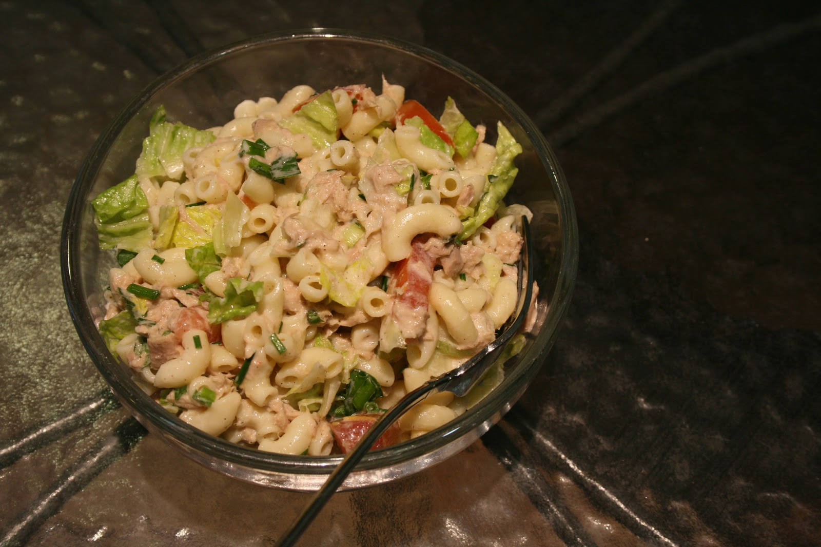 Julia 39 s cookbook macaroni with tuna fish salad for Macaroni salad with tuna fish
