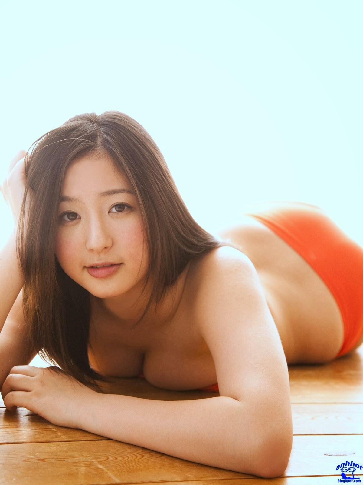 yuri-murakami-01844281