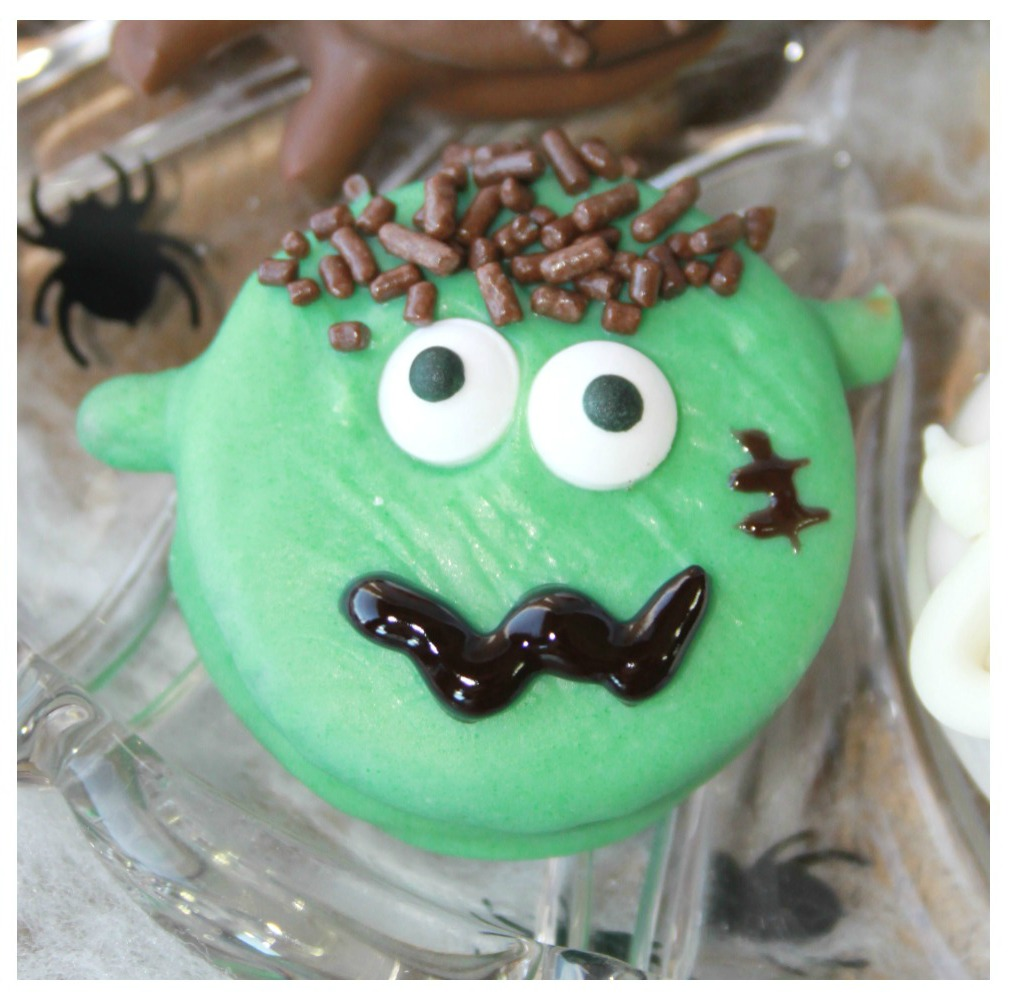 Crazy for Cookies and more: Spooky Halloween Cookies