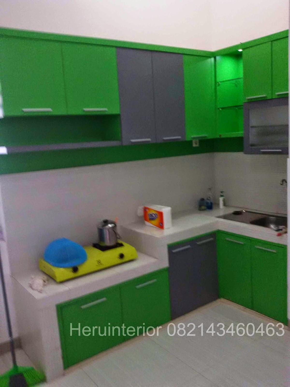 Desain Kitchen Set Warna Hijau