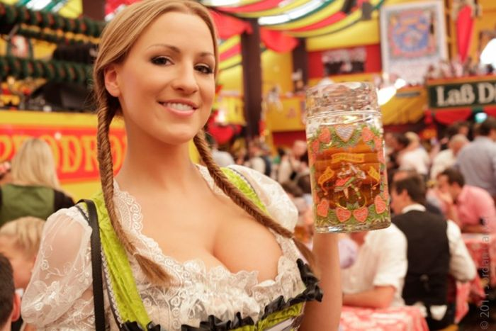 Busty Model Jordan Carver Visits Oktoberfest