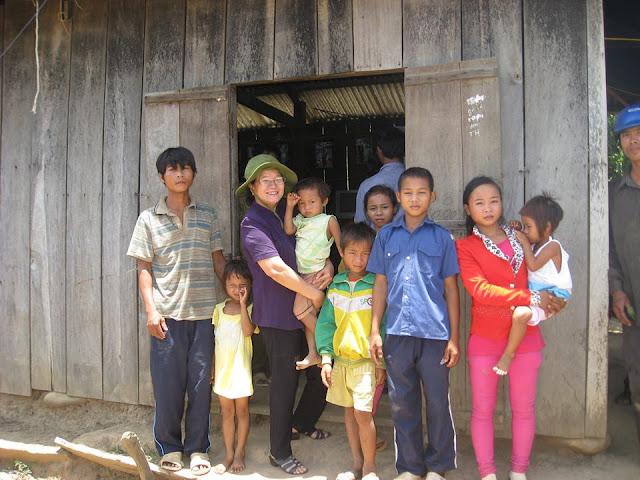 Gia đình khó khăn tại Thôn Tà Nôi