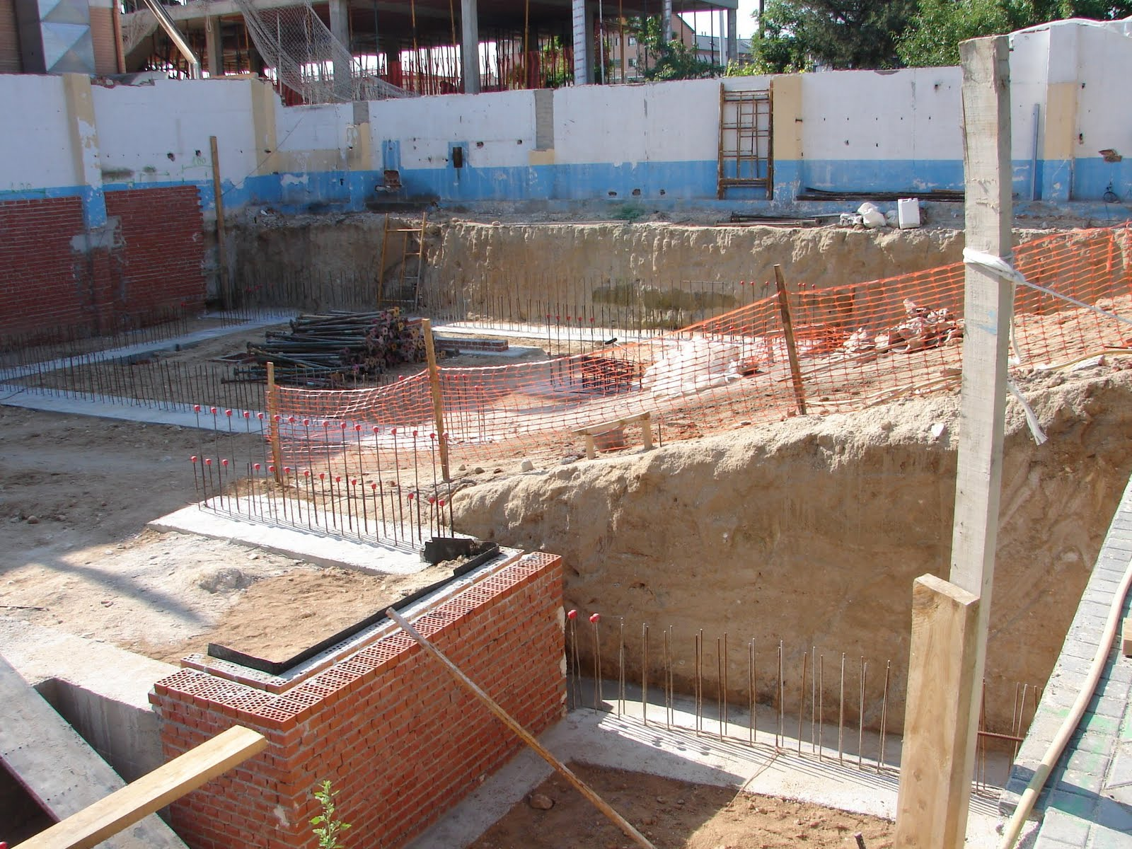 Muros de contencion muros de contenci n de hormig n semi prefabricados - Muros de hormigon ...