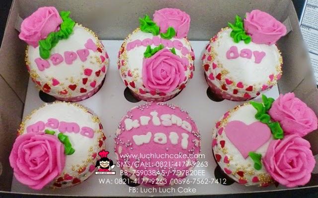 Cupcake Bunga Mawar Untuk Hari Ibu Daerah Surabaya - Sidoarjo