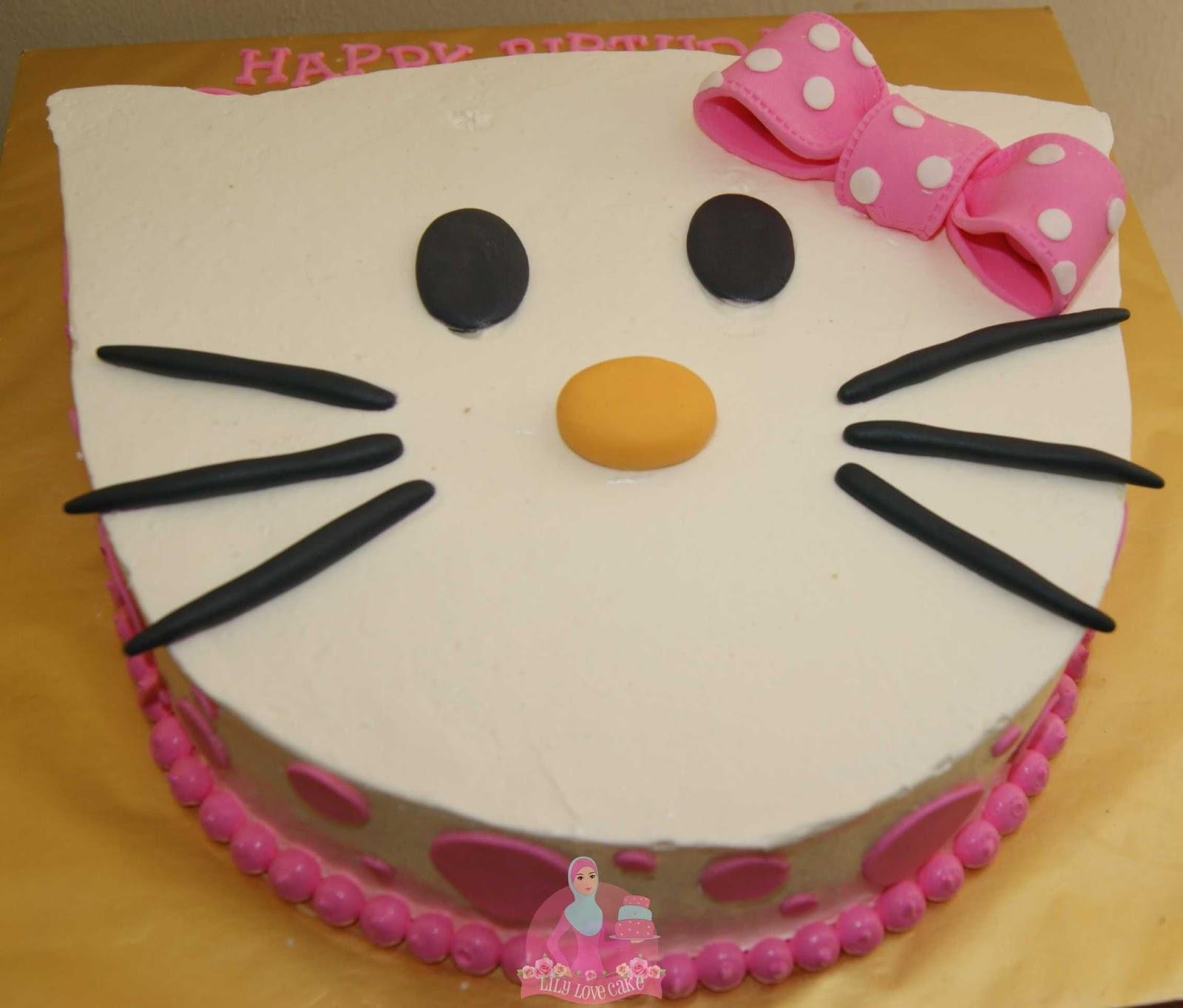 Hello Kitty Birthday Cake:~Lily Love Cake