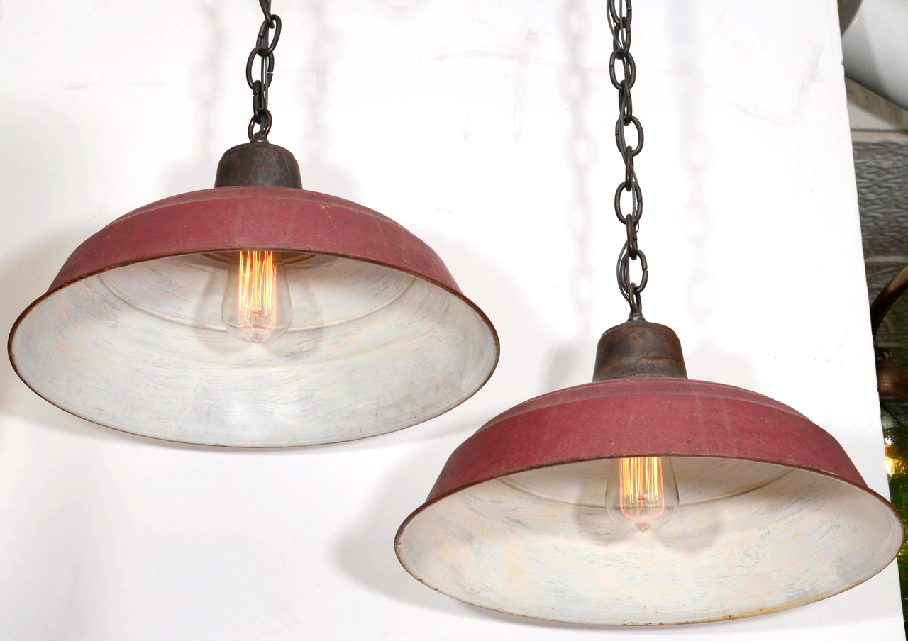 Vintage-Metal-Pendant-Lights.jpg
