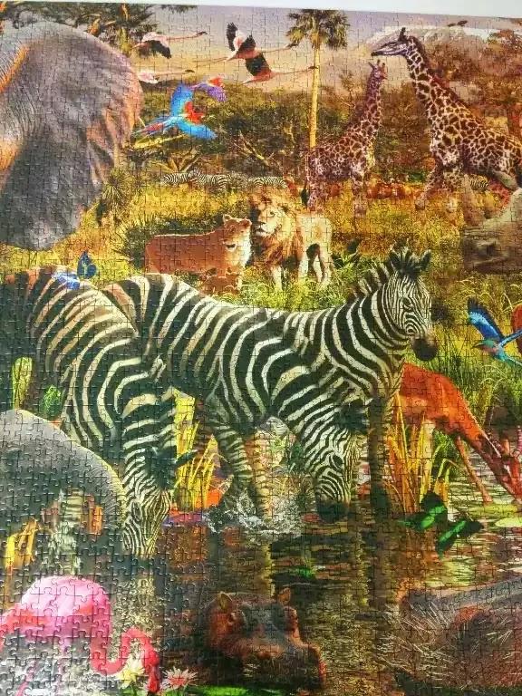 Ravensburger African Animals 3000 piece jigsaw puzzle close-up 2