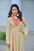 Rashi Khanna new glamorous photos-thumbnail-11