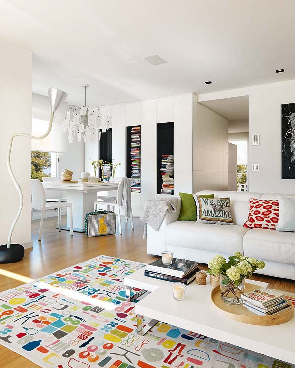 Mix and Chic: Home tour- Small space, big style!