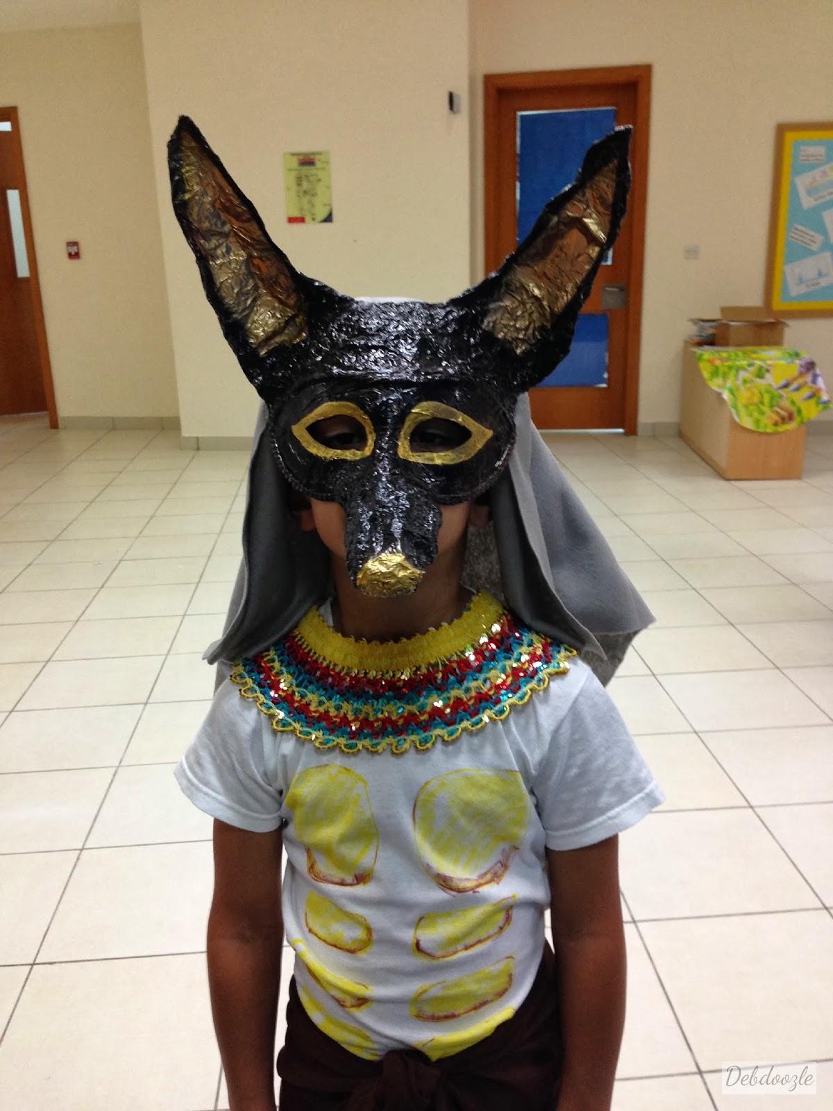 Debdoozle diy papier m ch paper mache anubis jackal mask for Paper mache mash