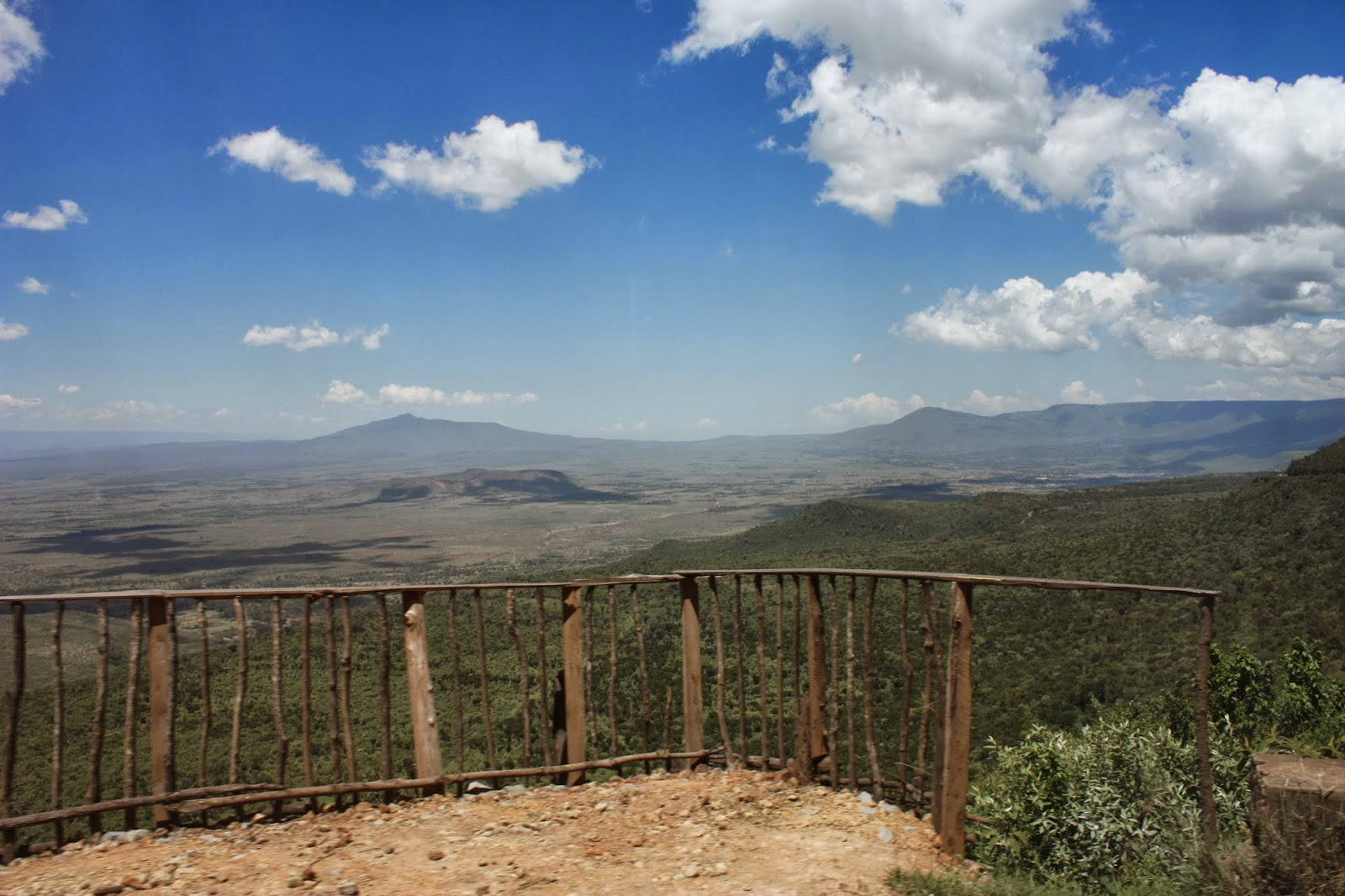 crescent island kenia