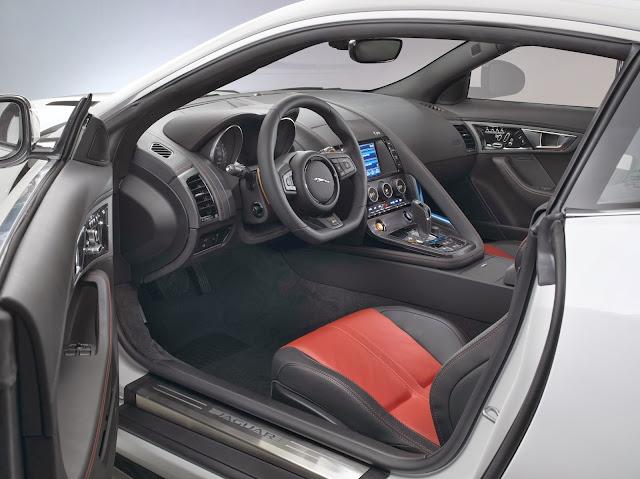 Jaguar F-Type Coupe interior