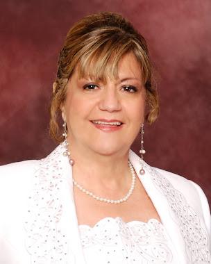 """María Lourdes Galo Maestra Comisionada de la Palabra de Dios"""""""