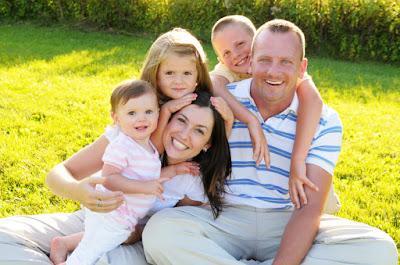 Keceriaan Penuh Makna dan Kunci Sederhana Keluarga Bahagia
