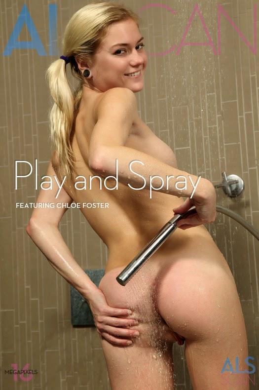 GvxbXE3o 2014-06-19 Chloe Foster - Play & Spray 09130