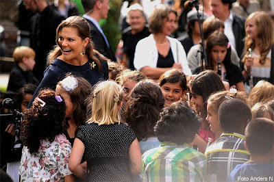 victoria, barn, flicka, kronprinsessan, göteborg, besök, botaniska trädgården, 2011, foto anders n