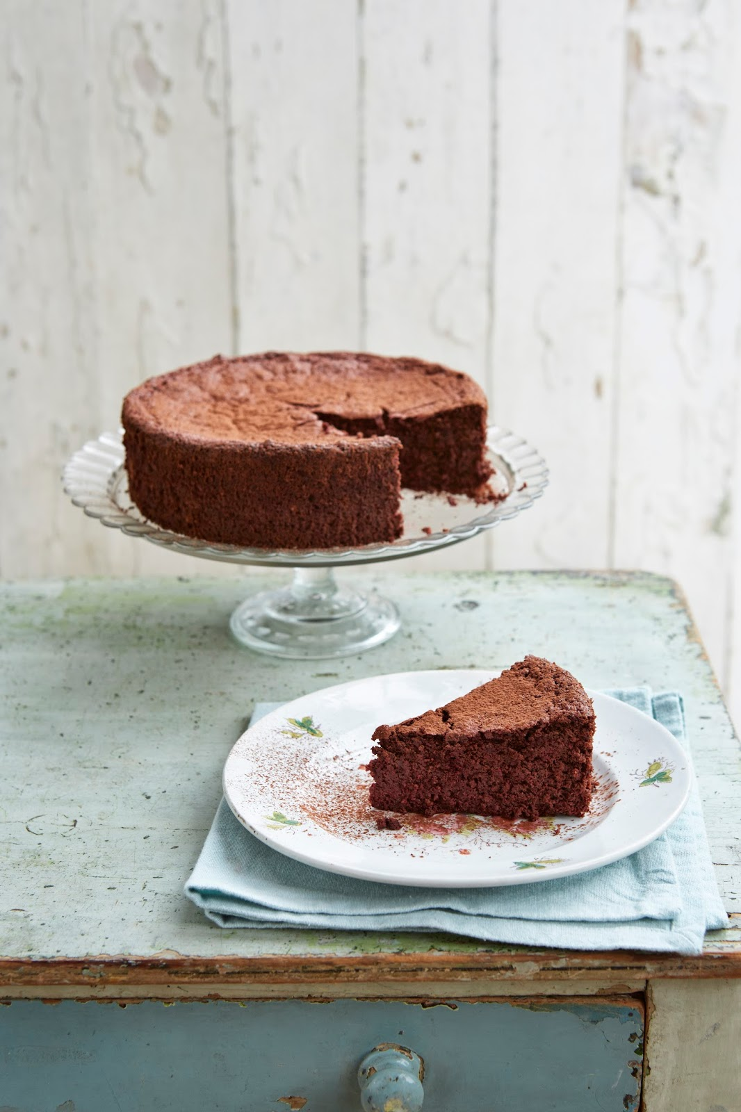 Mary Berry's (flourless) Beetroot Red Velvet Chocolate Torte – Recipe Post