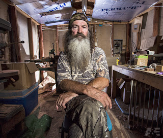 """Duck Dynasty"" Star, Phil Robertson Firebacks On Anti-Gay Remarks"