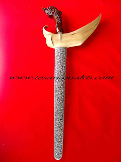 Keris Pamor Dwi Warna