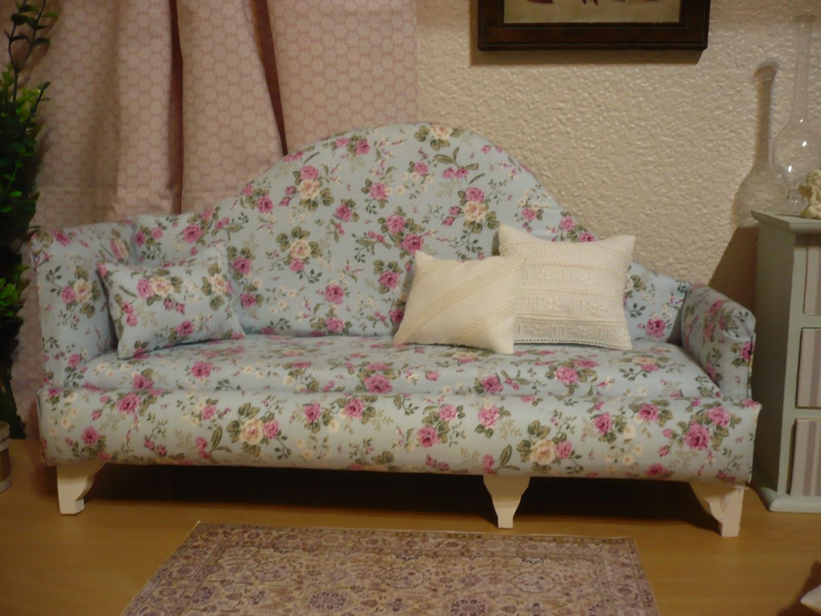 Muebles y complementos en escala 1 6 sofa escala 1 4 for Muebles y complementos
