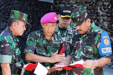 Kasum TNI Tinjau Kesiapan Latgab TNI di Puslatpur Marinir